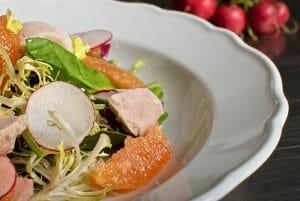 Spinach Salad with Tuna, Radishes and Cara Cara Oranges